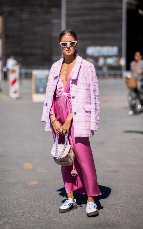 50 Möglichkeiten rosafarbene Outfits Ideen zu tragen 26