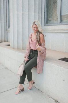 50 Möglichkeiten rosafarbene Outfits Ideen zu tragen 6