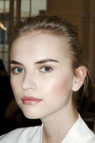 50 Perfekte natürliche Make up für Frauen Idee 49