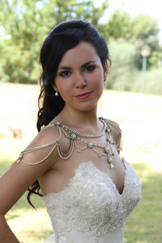50 Shoulder Necklaces for Brides Ideas 16