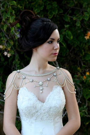 50 Shoulder Necklaces for Brides Ideas 24