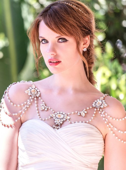 50 Shoulder Necklaces for Brides Ideas 31