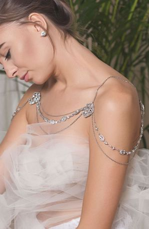 50 Shoulder Necklaces for Brides Ideas 32