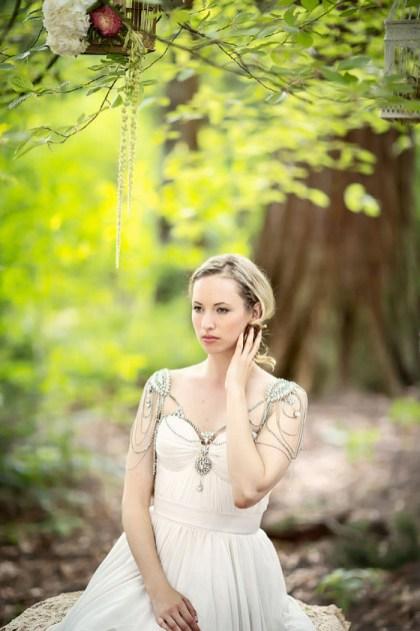 50 Shoulder Necklaces for Brides Ideas 41