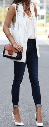 50 White Sleeveless Top Outfits Ideas 10
