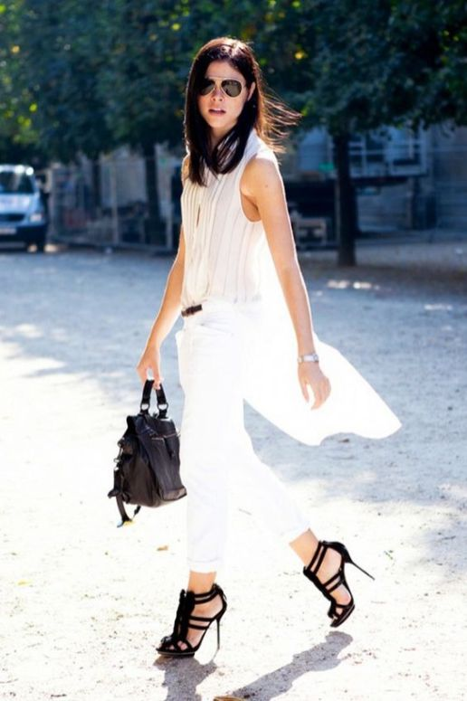50 White Sleeveless Top Outfits Ideas 12