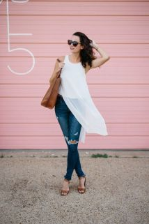 50 White Sleeveless Top Outfits Ideas 24