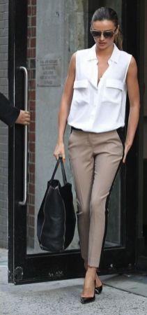 50 White Sleeveless Top Outfits Ideas 35