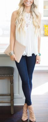 50 White Sleeveless Top Outfits Ideas 42