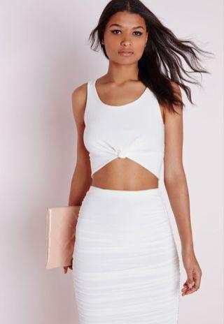 50 White Sleeveless Top Outfits Ideas 57 1 1