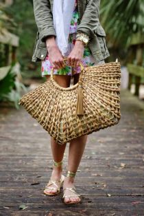 50 Woven and Bamboo Bags for Summer Ideas 48