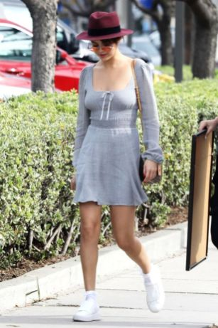 70 Ways Selena Gomes Styles with Sneakers Ideas 42