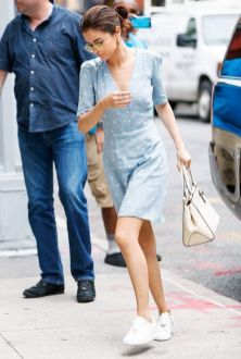 70 Ways Selena Gomes Styles with Sneakers Ideas 71