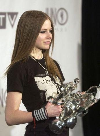 90 Old Avril Lavigne Styles Ideas 18