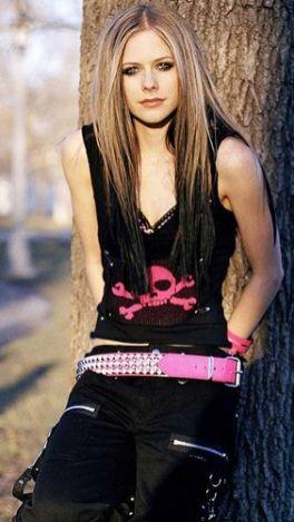 90 Old Avril Lavigne Styles Ideas 19