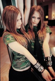 90 Old Avril Lavigne Styles Ideas 62