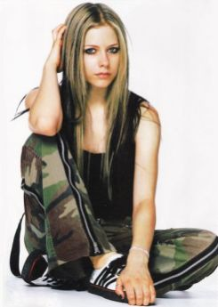 90 Old Avril Lavigne Styles Ideas 68