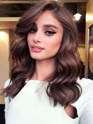 30 Simple Long Hairstyles for Party Look Ideas 21 1