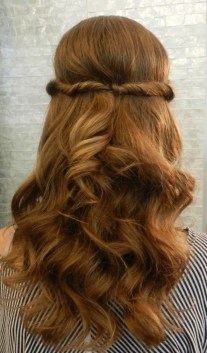 30 Simple Long Hairstyles for Party Look Ideas 24