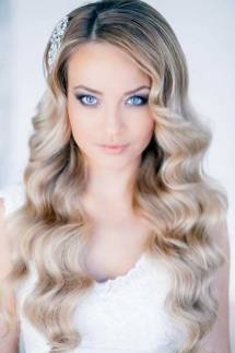 30 Simple Long Hairstyles for Party Look Ideas 25