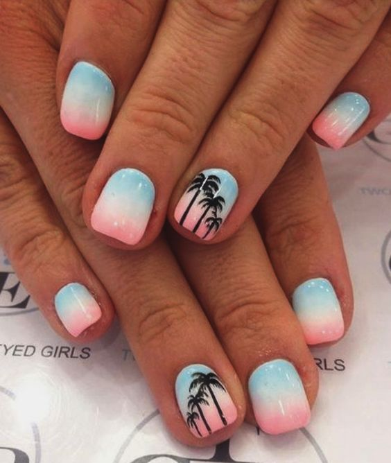 40 Beach Themed Nail Art for Summer Ideas 18