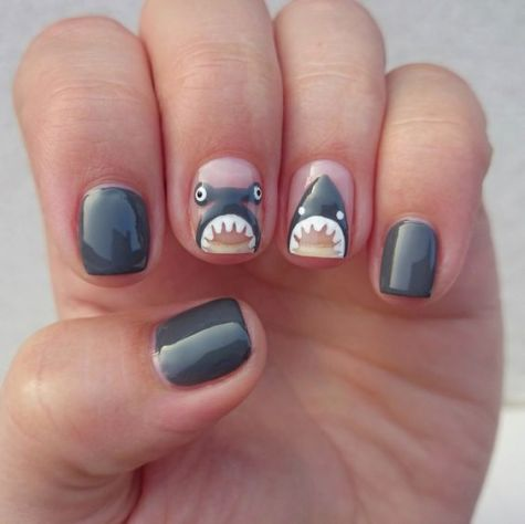 40 Beach Themed Nail Art for Summer Ideas 34