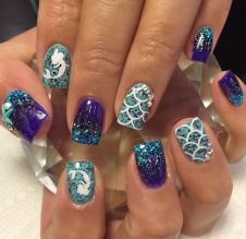 40 Beach Themed Nail Art for Summer Ideas 35