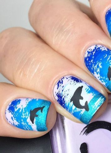 40 Beach Themed Nail Art for Summer Ideas 7
