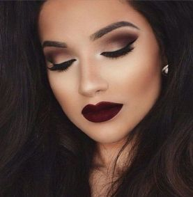 40 Burgundy Makeup Look Ideas 11