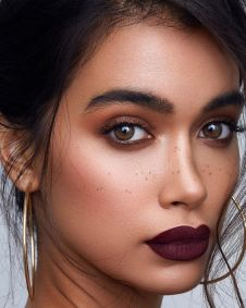 40 Burgundy Makeup Look Ideas 13
