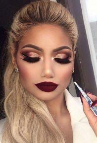 40 Burgundy Makeup Look Ideas 25