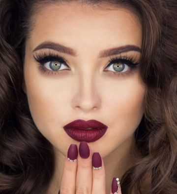 40 Burgundy Makeup Look Ideas 3