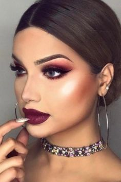 40 Burgundy Makeup Look Ideas 6