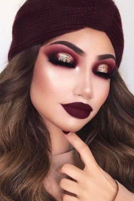 40 Burgundy Makeup Look Ideas 9