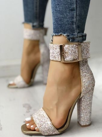 40 Chic Sequin Shoes Ideas 9
