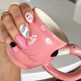 40 Cute Flamingo Themed Nail Art Ideas 13