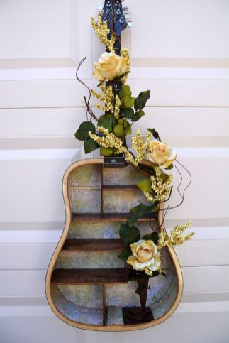40 DIY Repurpose Old Guitars Ideas 19