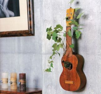 40 DIY Repurpose Old Guitars Ideas 31
