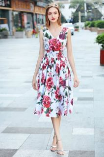 40 Fashionable Floral Print Dresses for Summer Ideas 18