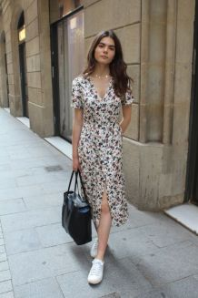 40 Fashionable Floral Print Dresses for Summer Ideas 24