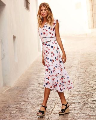 40 Fashionable Floral Print Dresses for Summer Ideas 39