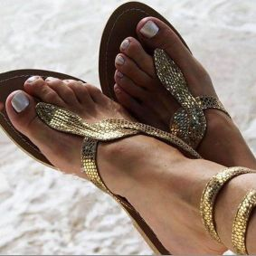 40 Glam Flat Sandals for Summer Ideas 18