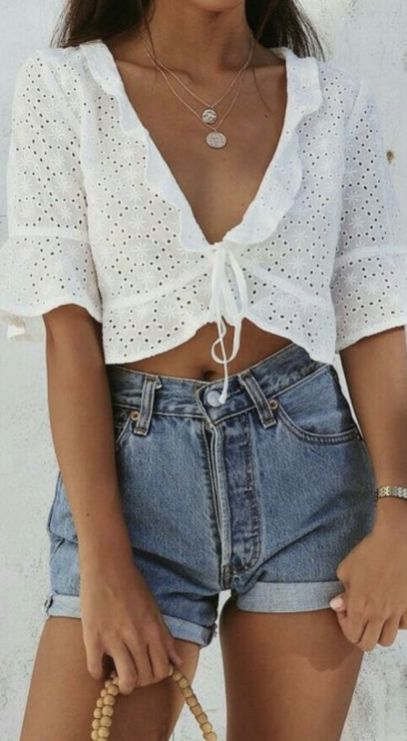 40 Hot pants Outfits for Perfect Summer Ideas 26