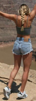 40 Hot pants Outfits for Perfect Summer Ideas 27