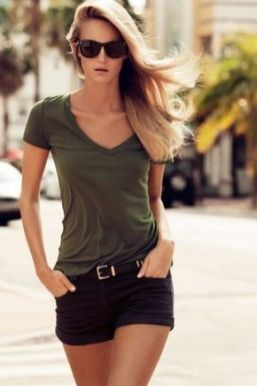 40 Hot pants Outfits for Perfect Summer Ideas 9
