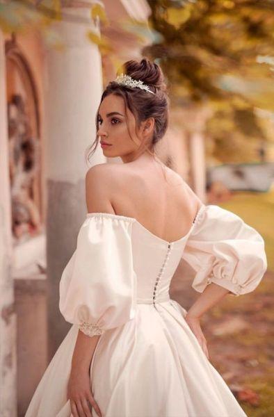 40 Off the Shoulder Wedding Dresses Ideas 43