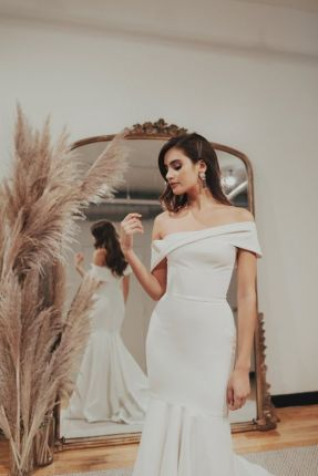 40 Off the Shoulder Wedding Dresses Ideas 5