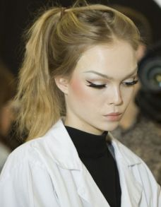 40 Simple Winged Eyeliner You Should to Copy 3