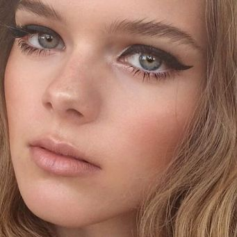 40 Simple Winged Eyeliner You Should to Copy 43
