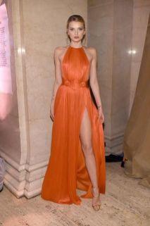40 Stylish Orange Outfits Ideas 10